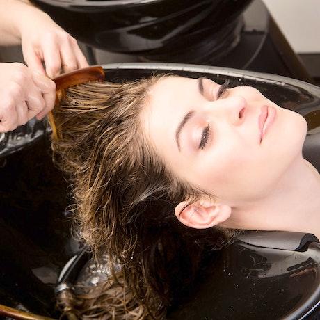 Photo Les soins pour cheveux Femme